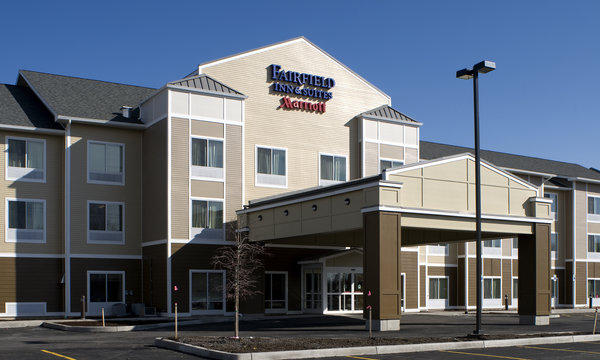 Fairfield Inn & Suites Verona Exterior