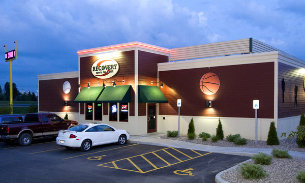 Recovery Sports Grill Verona