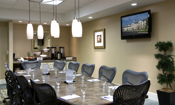 Hilton Garden Inn Westampton Business Meeting