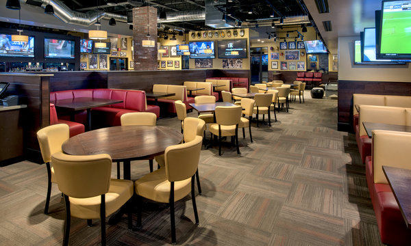 Recovery Sports Grill Port Saint Lucie Dining Room
